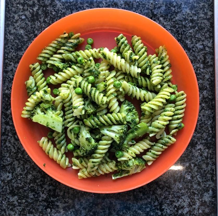 Weekly Recipes – Pea and Pesto Pasta